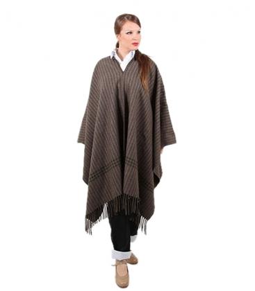Costume court en laine poncho